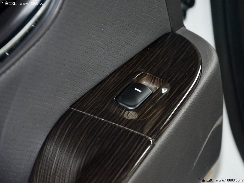 悦动 2011款 1.6L 自动豪华型