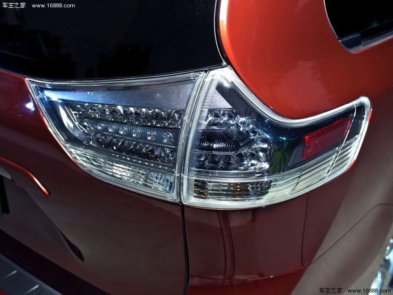 塞纳墨版2018款 3.5L 两驱 XLE真皮 7座
